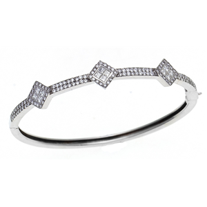 18k White Gold Fashion Bangle Bracelet with Princess and Round Cut diamonds (1.5 Ct., G Color, VS1 Clarity)