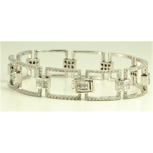 18k White Gold Square link princess and round cut exclusive diamond bracelet (3.8 Ct G & G ,VS)