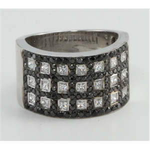 14K White Gold Round Chequered black & white princess diamond cocktail ring (1.67 Ct, G Color, BLACK Clarity)
