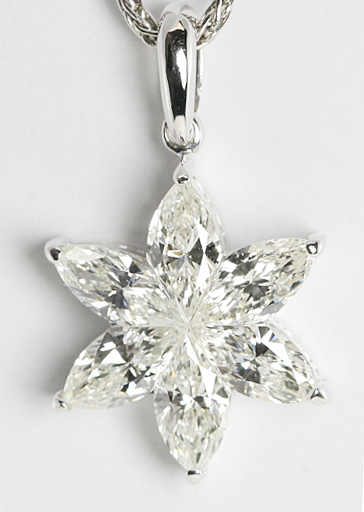 18k White Gold Marquise Cut Invisible Setting 0.7 Carat, G color with I1 Clarity Diamond Flower Pendant
