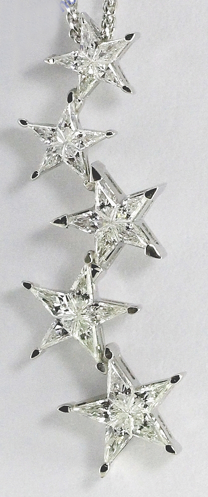 18k White Gold Kite Cut Diamond Invisible Setting 5 Stars Pendant (0.86 Ct, G Color, vs Clarity)