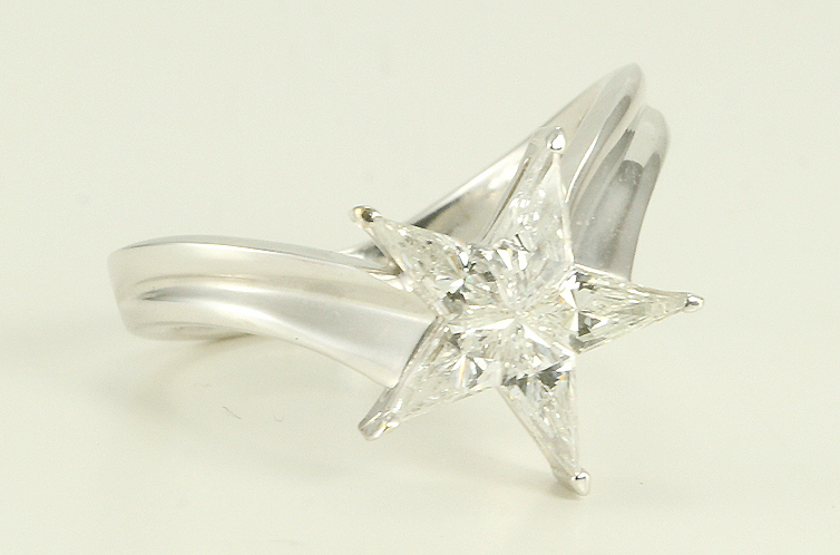 18k White Gold Kite cut diamond invisible ser star shape exclusive engagement ring (0.98 Ct G ,SI2-SI3)