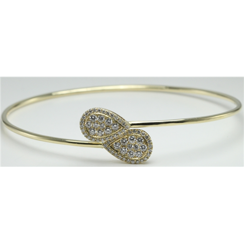 14k Yellow Gold Round Flexible wire bangle with diamond set pear-shape tops (0.8 Ct, H , SI2-SI3 )