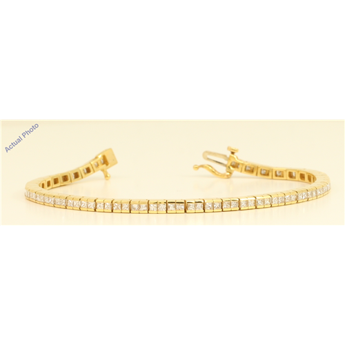 18k Yellow Gold Princess Cut Modern elegant classic diamond tennis bracelet (3.52 Ct, H Color, VS Clarity)