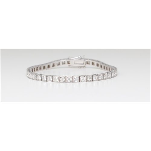 Multi-Stone Round Cut Prong Set Tennis Bracelet With Secure Box Clasp