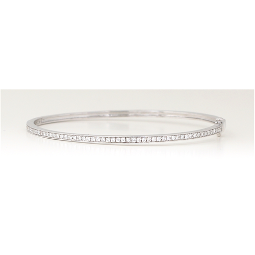 14K White Gold Round Diamond Multi-Stone Prong Set Channel Bangle (0.8 Ct D-F Vs-Si Clarity)